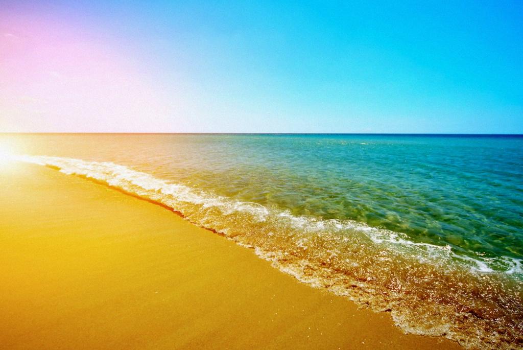 В каком месяце Черное море самое теплое?